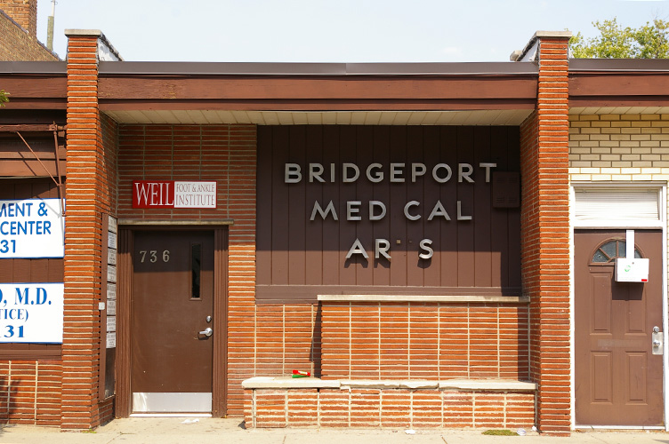 Bridgeport Medical Arts by ChicagoType
