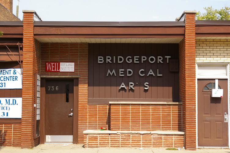 Bridgeport Medical Arts by ChicagoType