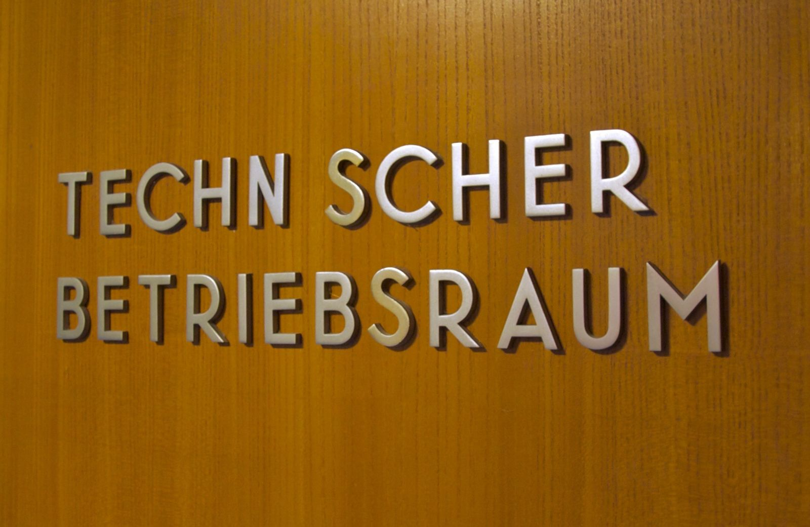 metal sign lettering at the Haus der Kulturen der Welt | Flickr