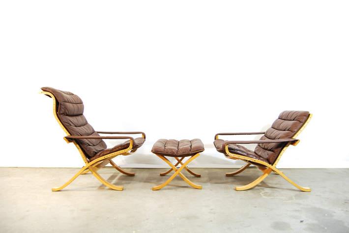 Scandinavian folding flex lounge chairs and ottoman / Ingmar Relling / Westnofa / Norway / 70's